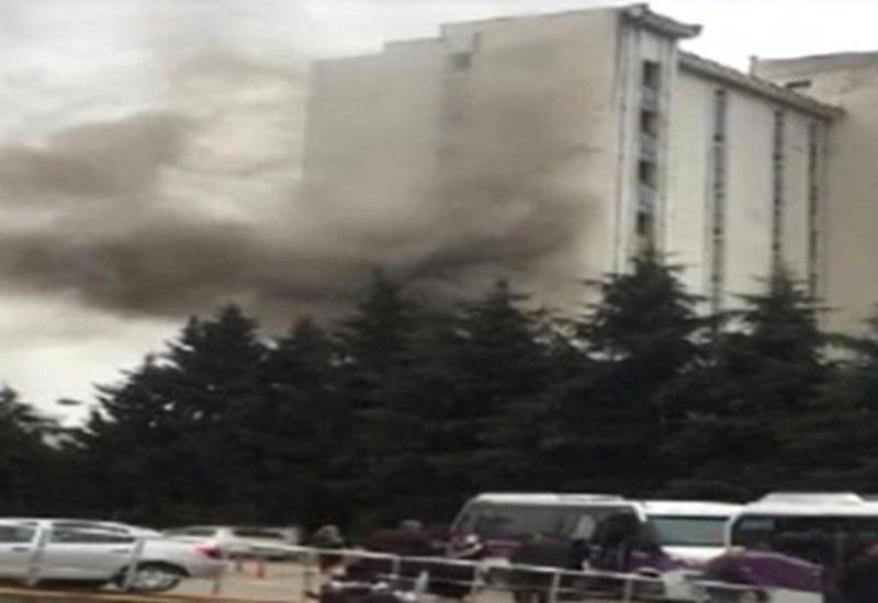 В Турции горит одна из городских больниц