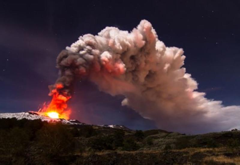 """Вулкан Этна сползает к морю <span class=""""color_red"""">- ФОТО</span>"""