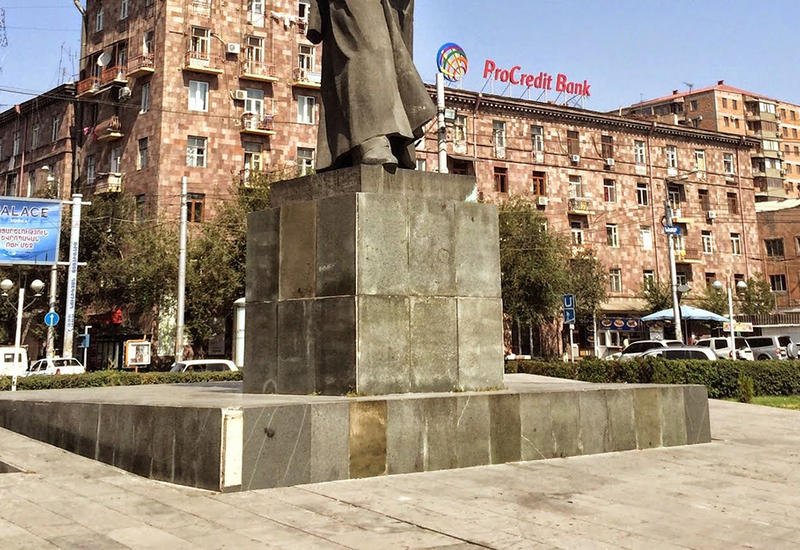 Кровавый Нжде продолжает калечить людей - теперь в Ереване