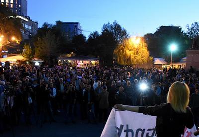 """Ереван поднялся против Сержа Саргсяна <span class=""""color_red""""> - ФОТО</span>"""