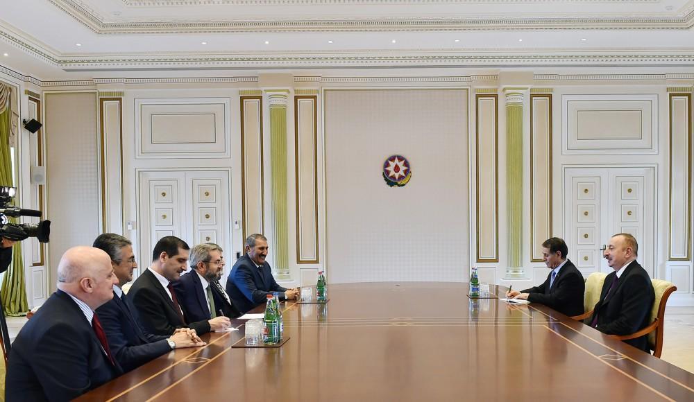 Путин поздравил Алиева спереизбранием напост президента Азербайджана