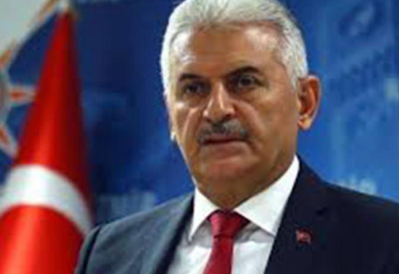 Бинали Йылдырым поздравил Новруза Мамедова в связи с назначением на пост премьер-министра Азербайджана