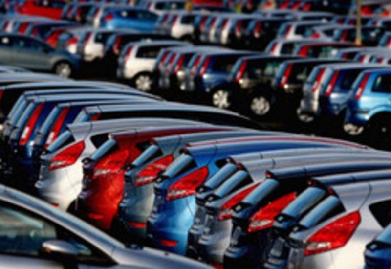 Азербайджан почти втрое увеличил импорт автомобилей