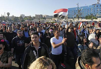 """Жители Дамаска вышли на улицы, чтобы поддержать Асада <span class=""""color_red"""">- ВИДЕО</span>"""