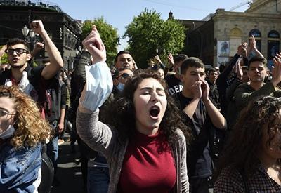 Политический кризис в Армении достиг своего пика