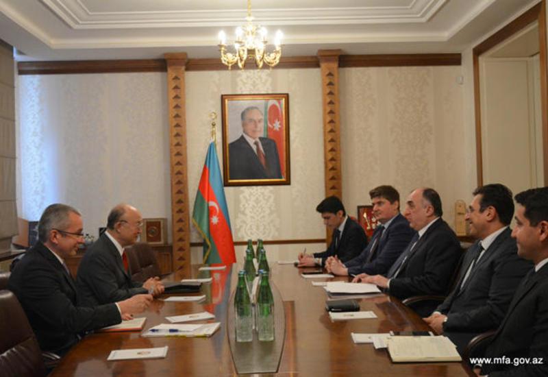 Эльмар Мамедъяров на переговорах с гендиректором МАГАТЭ