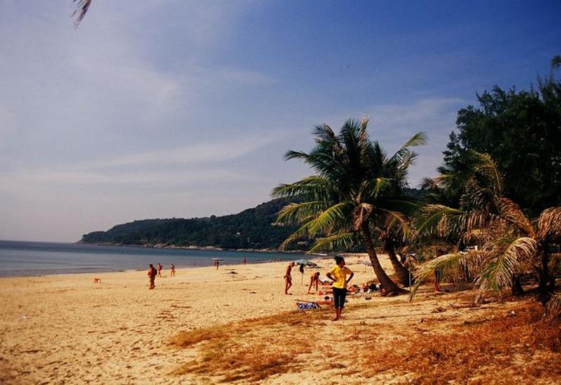 В Таиланде после нападения акулы на туриста закрыли пляж