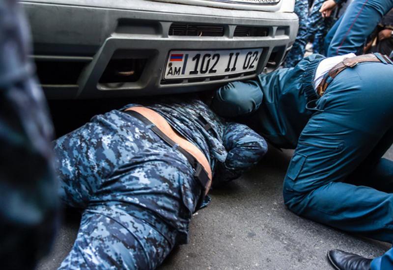 В Ереване задержаны 100 активистов