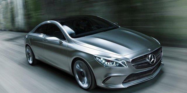 Mercedes проинформировал окрупном отзыве в РФ машин различных классов