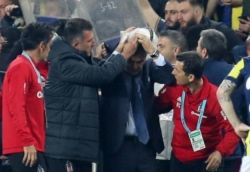 Эрдоган решительно осудил хулиганство болельщиков на матче Фенербахче-Бешикташ