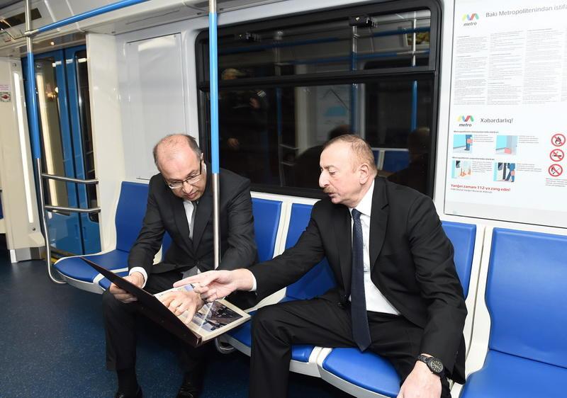 Президент Ильхам Алиев ознакомился с новыми вагонами Бакметрополитена - ФОТО