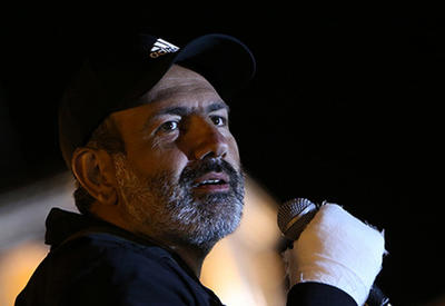 Армянские СМИ: Власти вывезли Пашиняна из Еревана