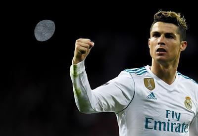 """Роналду согласился остаться в «Реале» после увеличения зарплаты на €9 млн <span class=""""color_red"""">- ДЕТАЛИ</span>"""