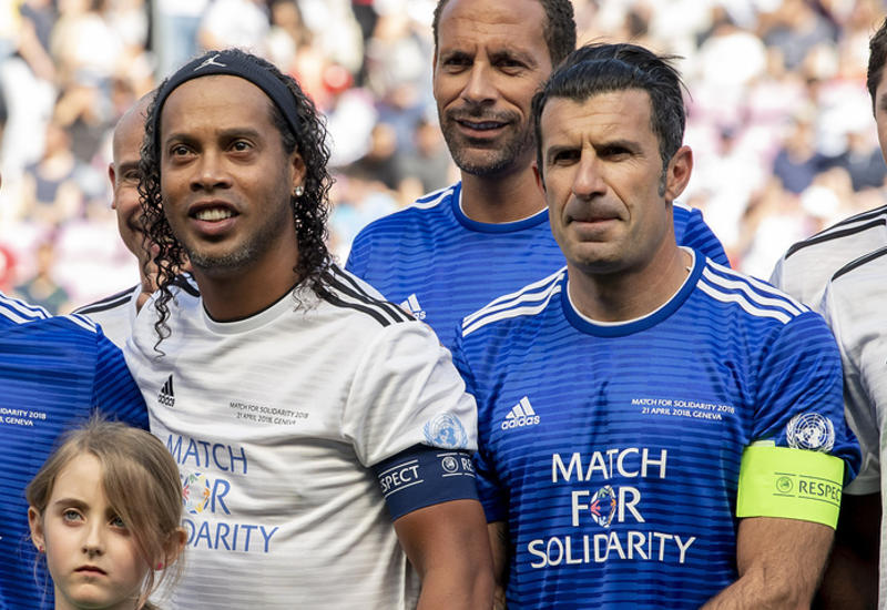 Команда Фигу обыграла команду Роналдиньо в благотворительном матче УЕФА и ООН