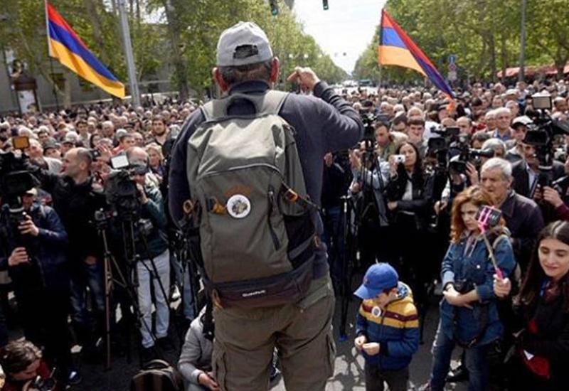 Лидер армянской оппозиции предупредил о новых акциях протеста