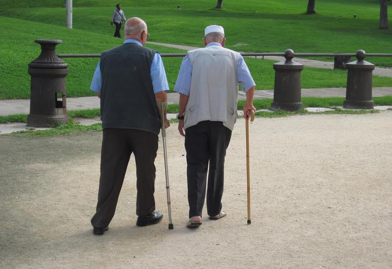 В Азербайджане выросло число долгожителей-мужчин