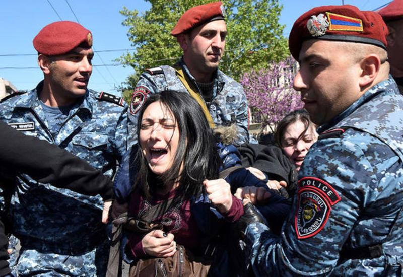 """Протесты в Армении: в Ереване задержали более 100 демонстрантов <span class=""""color_red"""">- ОБНОВЛЕНО</span>"""
