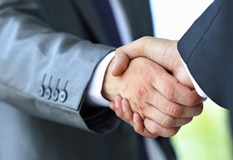 Ученые нашли связь между силой рукопожатия и умственными способностями