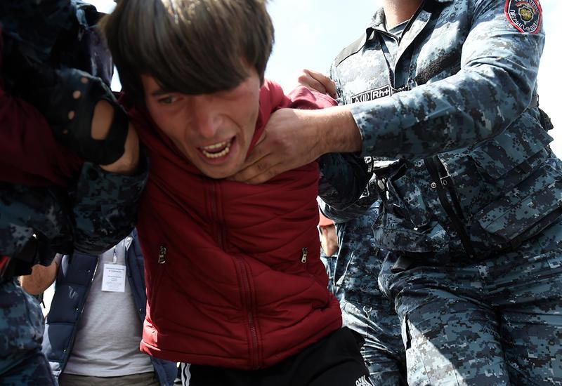 Евросоюз призвал Армению отпустить всех задержанных на митингах