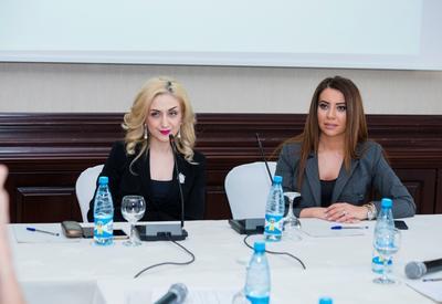 """Baku Fashion Club раскрыл секреты тандема - азербайджанские дизайнеры и звезды шоу-бизнеса <span class=""""color_red"""">- ФОТО</span>"""