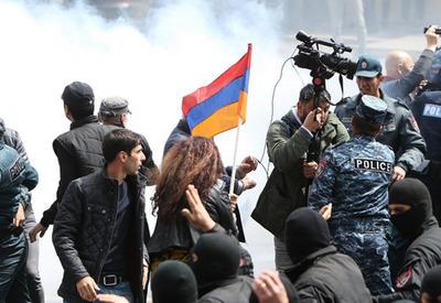 """Чем закончатся беспорядки в Армении <span class=""""color_red"""">- ПОДРОБНОСТИ</span>"""