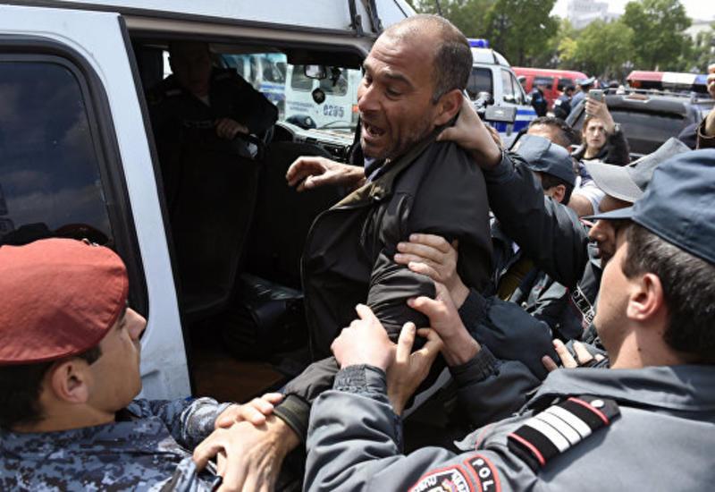 В Ереване освободили всех задержанных демонстрантов
