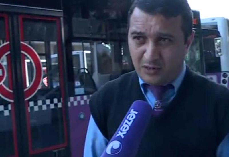 """Getməyə yeri olmayan qadına avtobus sürücüsü kömək etdi <span class=""""color_red"""">- Bakıda - VİDEO</span>"""