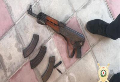 """В Баку задержаны двое вооруженных лиц <span class=""""color_red"""">- ФОТО</span>"""