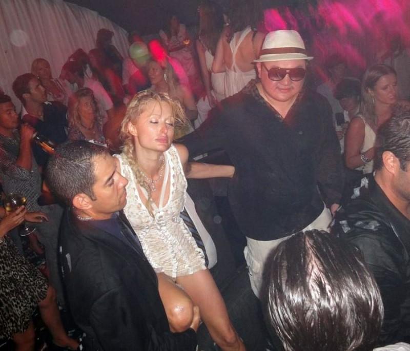 Фото жены в клубе, порно красивые попки латинок