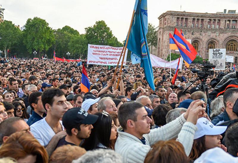 Саргсян снова устроит расстрел парламента Армении?