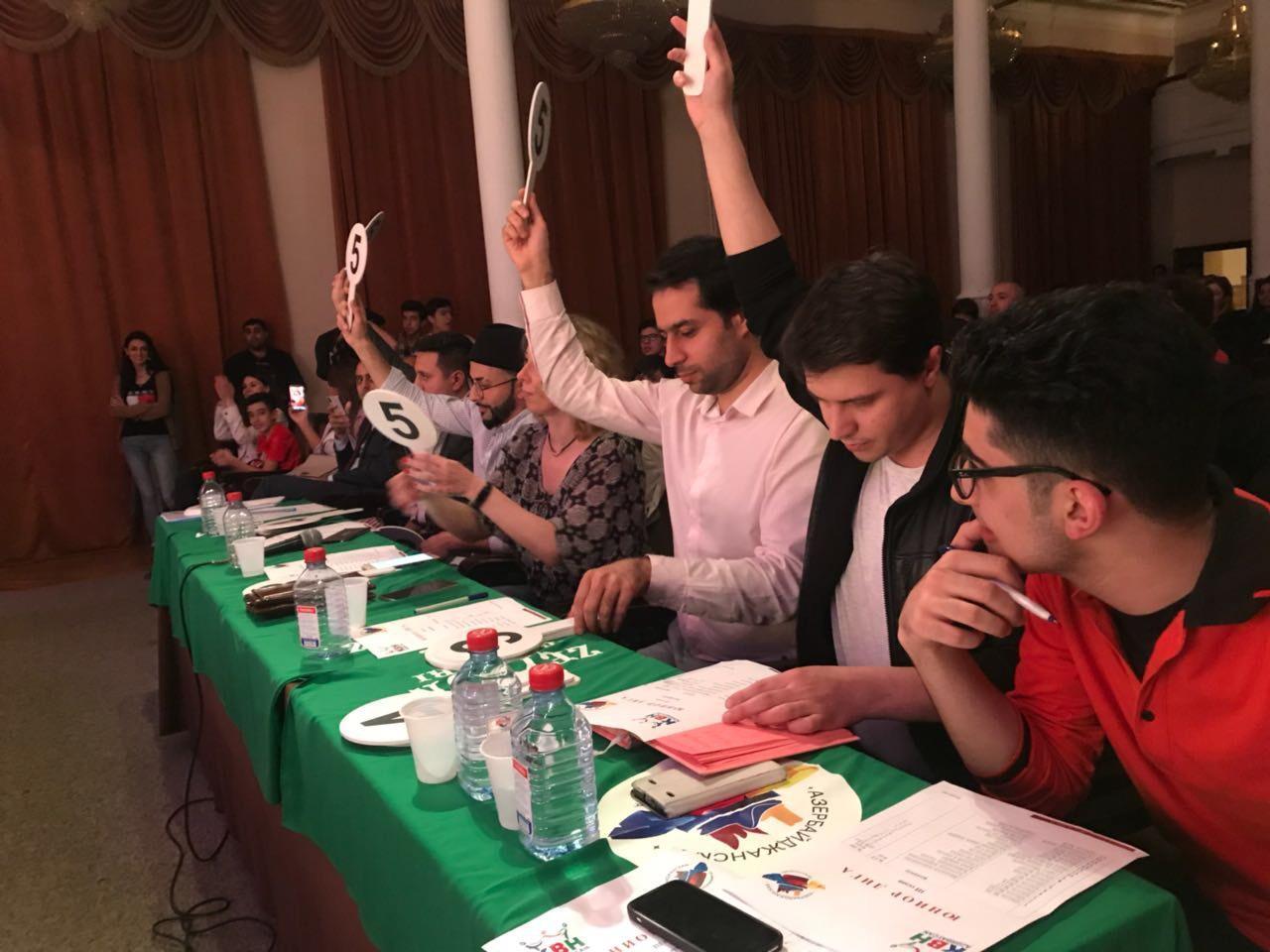 В Баку определились финалисты Азербайджанской Юниор Лиги КВН