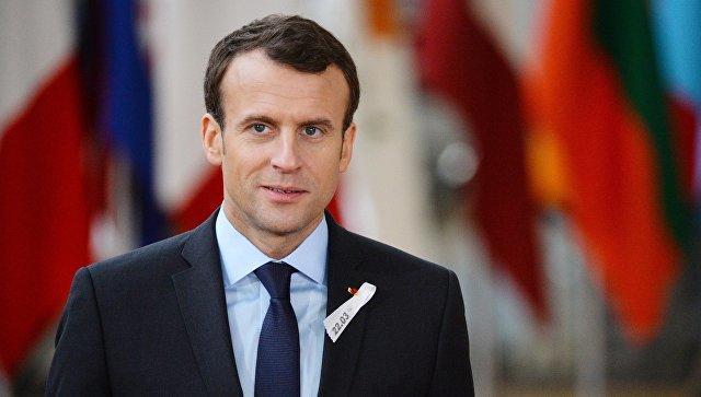 Намитинг против Макрона вышли 160 тыс. парижан