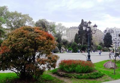 """""""Мой Баку"""": Парк """"Сахиль"""" – маленький уголок столицы с большой историей <span class=""""color_red"""">- ФОТО</span>"""
