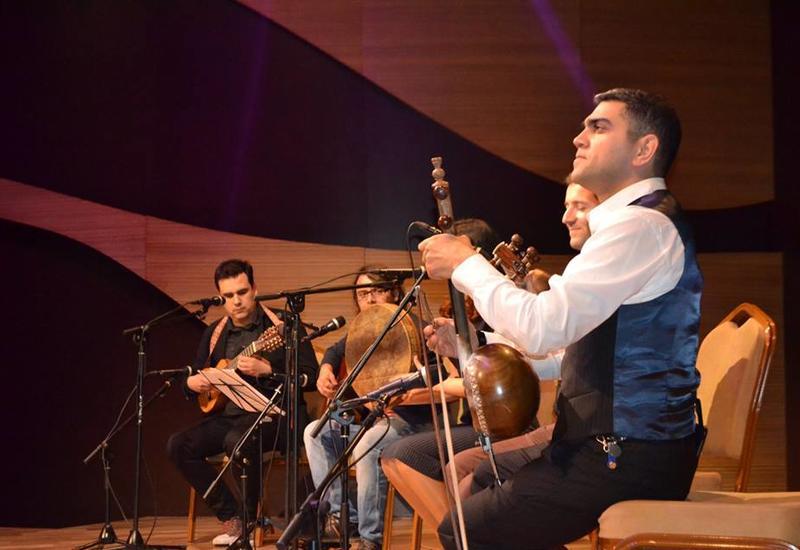 В Центре мугама прошел неповторимый концерт этнических музыкантов из Перу