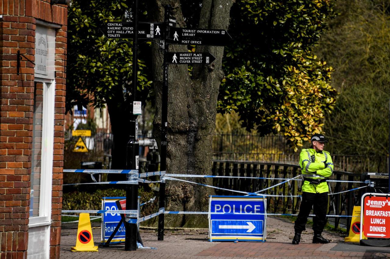 Три человека пострадали в итоге «кислотной атаки» встолице Англии
