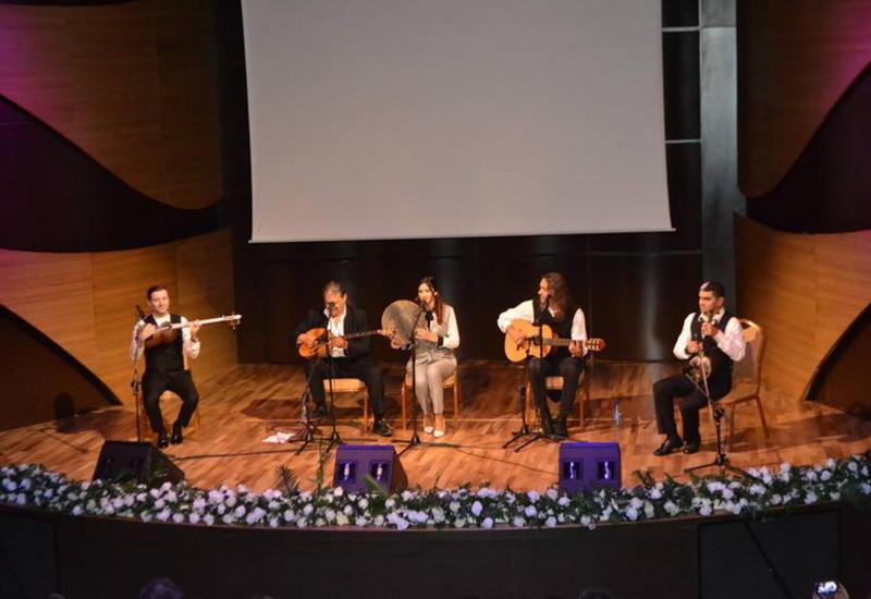 В Центре мугама состоялся яркий концерт этнических музыкантов из Греции