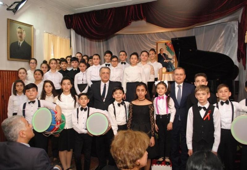 В Баку состоялся концерт, посвященный 95-летию со дня рождения Общенационального лидера Гейдара Алиева
