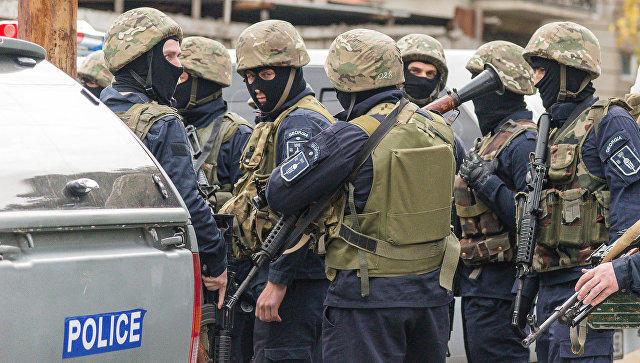 Восемь человек задержали впроцессе рейда милиции поночным клубам Тбилиси