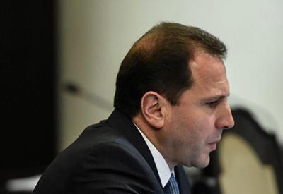 Давид Тоноян забыл про апрельский разгром? - пара уроков армянскому министру
