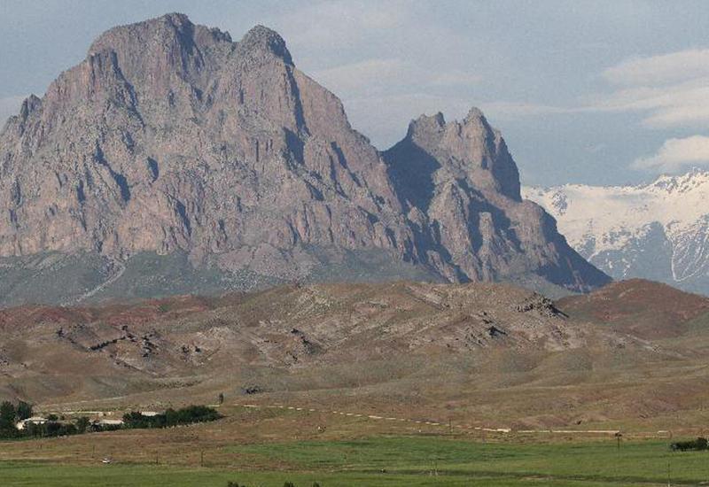 Euronews показал сюжет о легендарной «змеиной» горе в Азербайджане