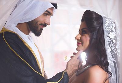 Фото дня - Азербайджанская модель стала женой шейха в Дубае