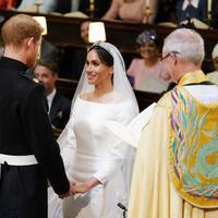 """Принц Гарри и Меган Маркл поженились <span class=""""color_red"""">- ФОТО - ВИДЕО</span>"""