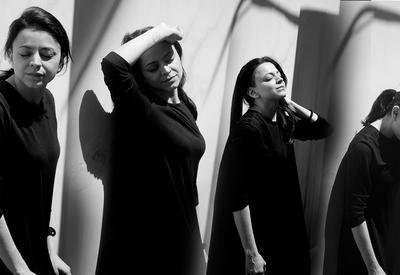 """Шахназ Агаева: «Все женщины на моих картинах - это я» <span class=""""color_red"""">- ИНТЕРВЬЮ</span>"""