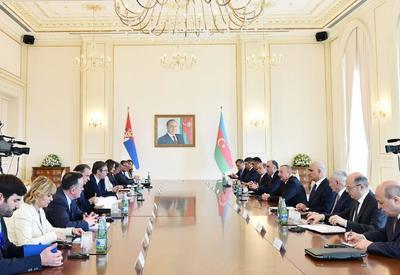 Президент Ильхам Алиев: В будущем Азербайджан и Сербия могут еще активнее сотрудничать в энергетической, транспортной сферах