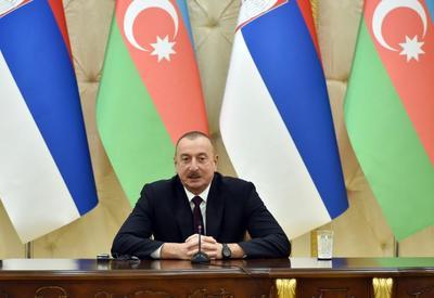 Президент Ильхам Алиев: Конфликты, с которыми столкнулись Азербайджан и Сербия, должны найти решение в рамках территориальной целостности наших стран