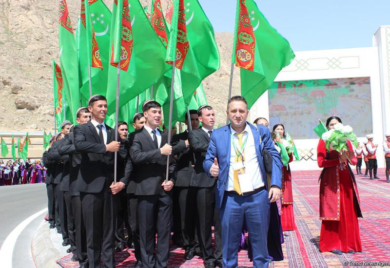 "Путешествие азербайджанца в край поющих волн Туркменистана – оазис Аваза <span class=""color_red"">- ФОТО</span>"