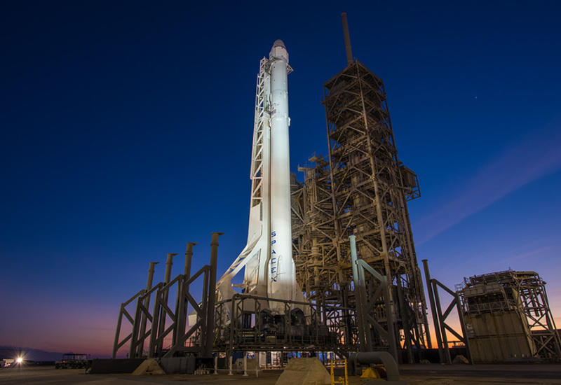 SpaceX отложила запуск ракеты Falcon 9 со спутниками связи