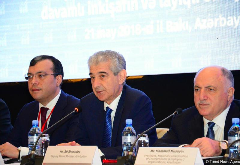 Али Ахмедов сказал, сколько нужно создавать в стране рабочих мест ежегодно