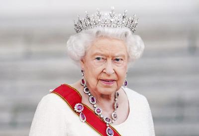 Елизавета II поздравила Президента Ильхама Алиева