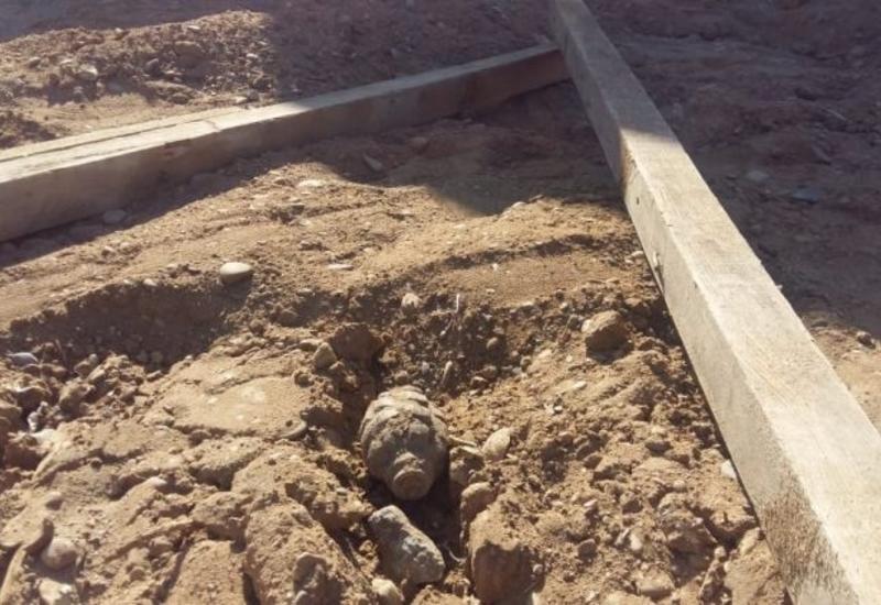 На ж/д станции в Баку обнаружена граната